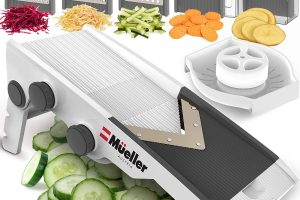 Best Mandoline Slicer 2021 - Easy Handheld Options